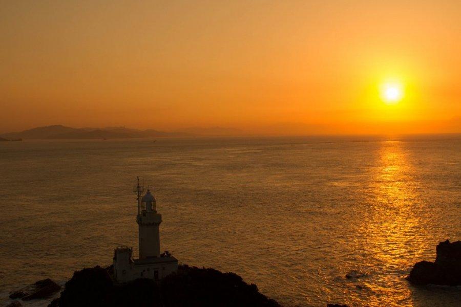 佐田岬灯台|愛媛のスポット・体験|愛媛県の公式観光サイト【いよ観ネット】